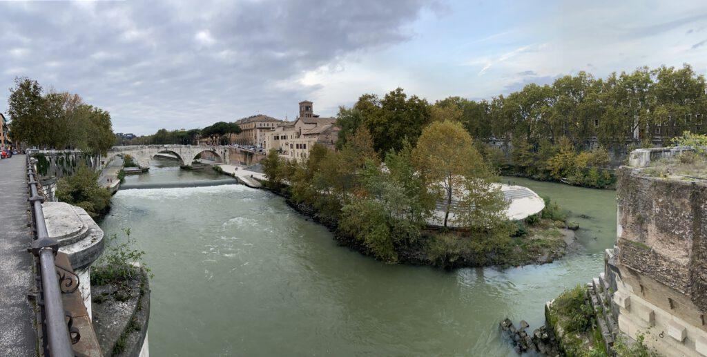 zicht op Tibereiland - Rome
