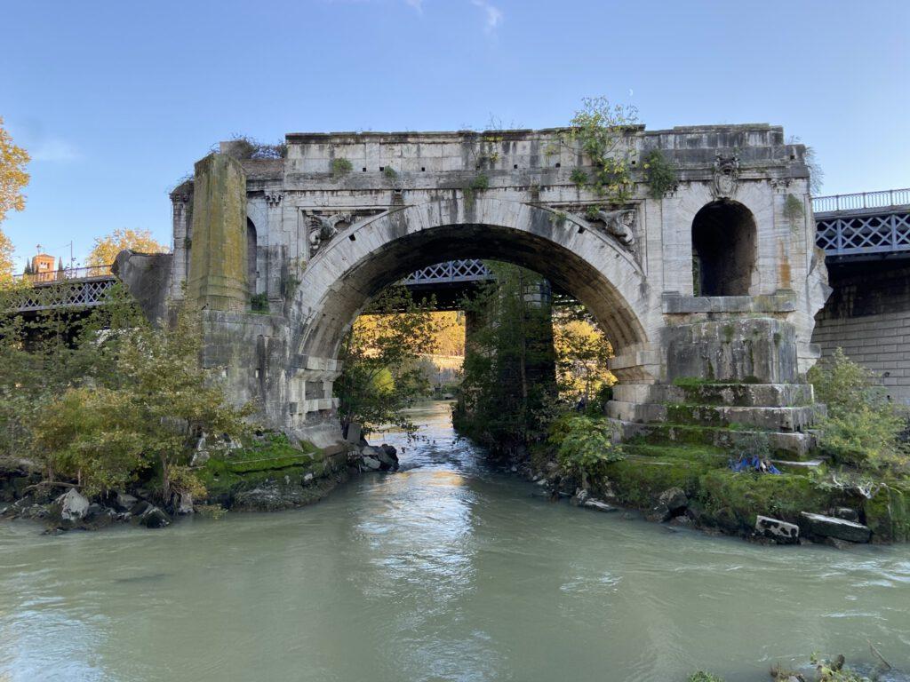oude brug Tibereiland - Rome